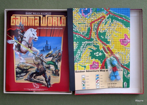 Gamma World 2nd box unboxing 5